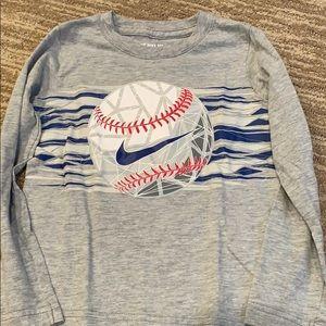 Toddler boy's 4t Nike long sleeve shirt.